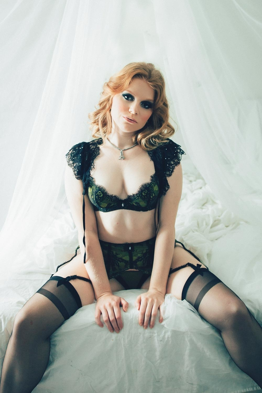 Beautiful Boudoir Photography, Vancouver's best Boudoir Photographer, Beautiful woman in lingerie on bed,