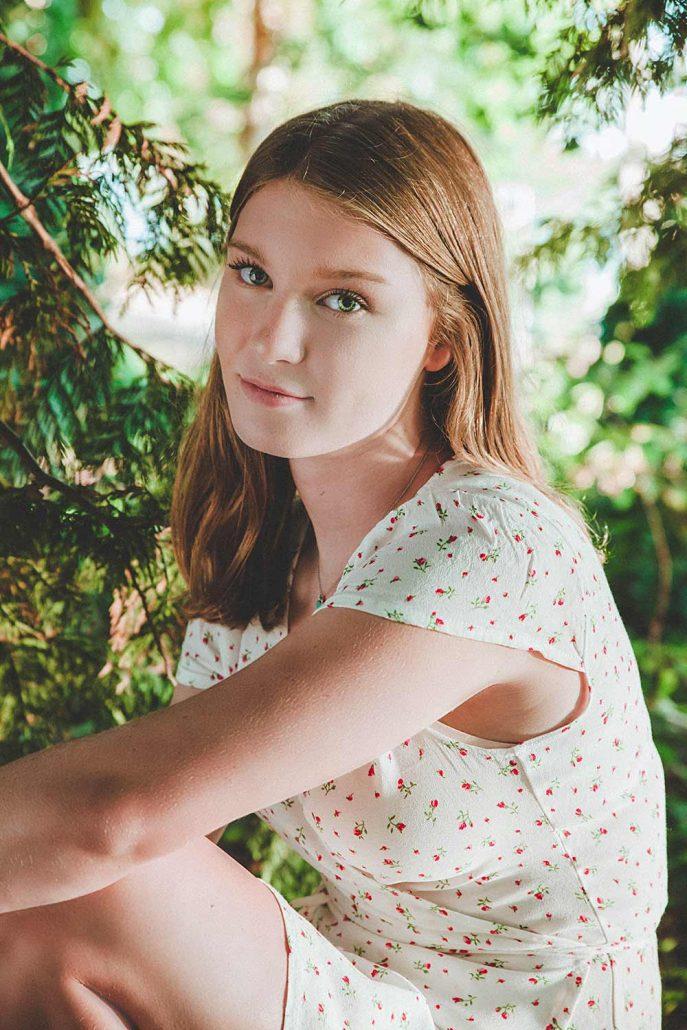 beautiful portrait photography, vancouver women's photographer, female grad portraits, girl sitting